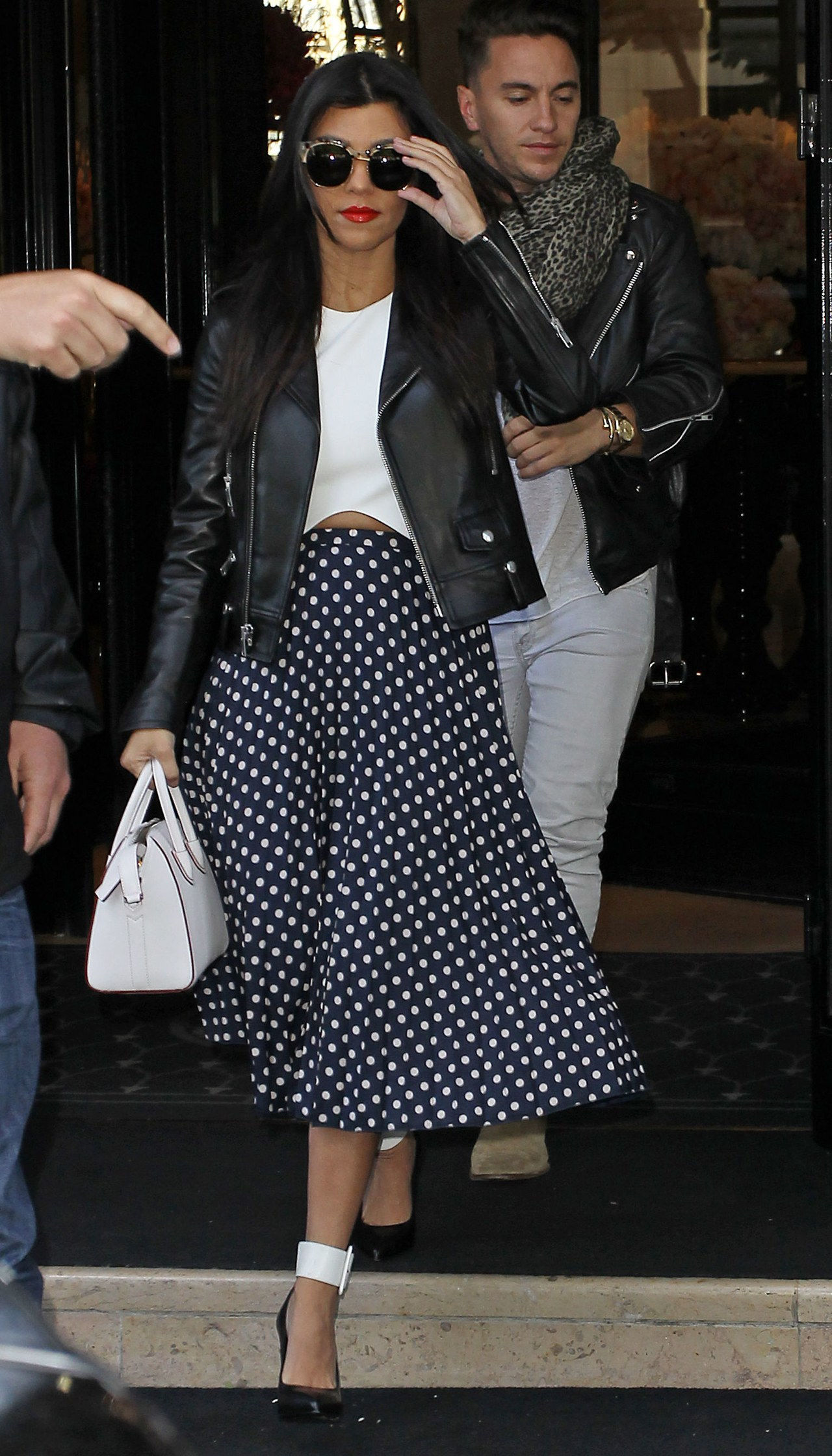 μικρός girl midi skirt kourtney kardashian