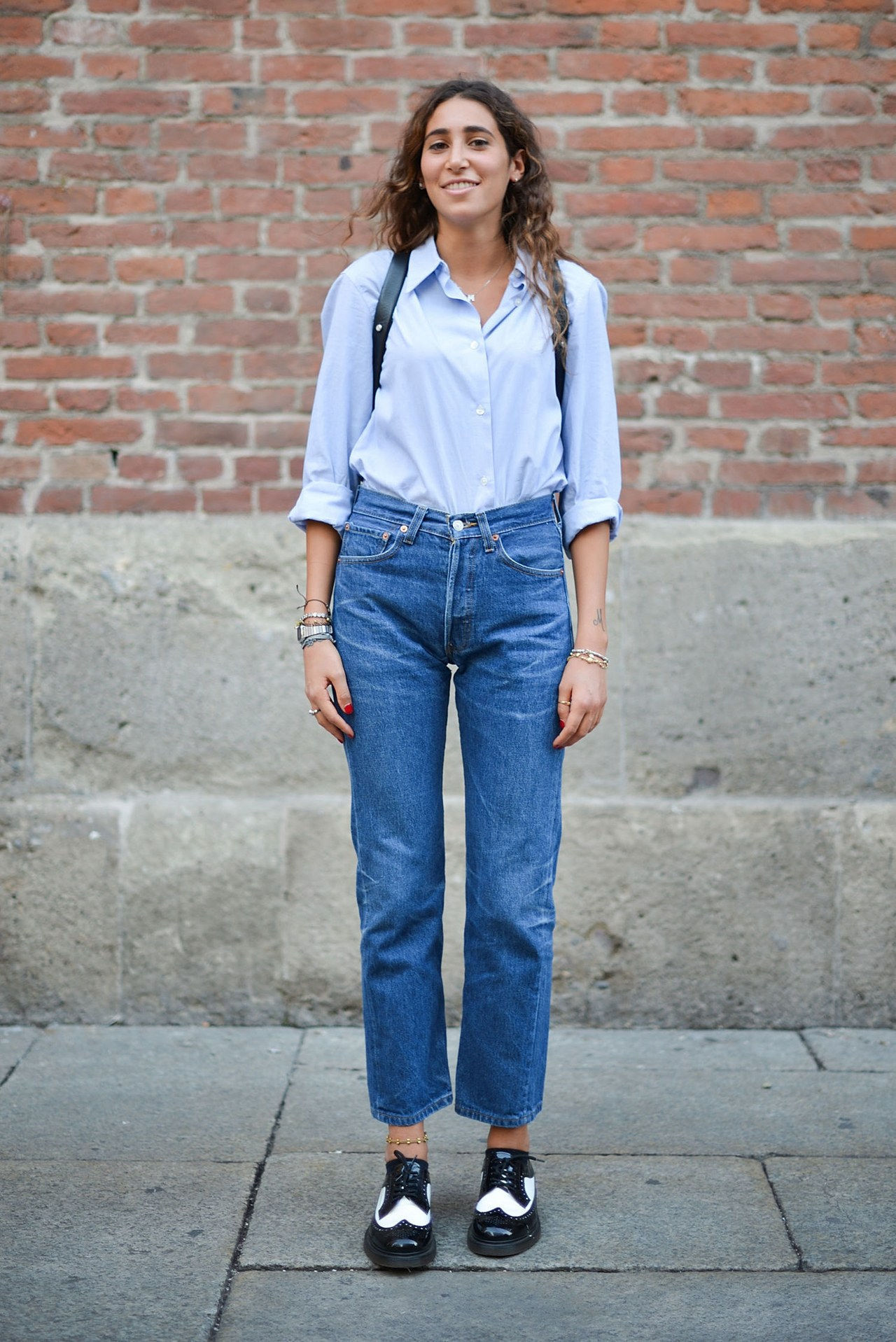 נפילה 2015 denim street style milan fashion week straight leg button down shirt oxfords