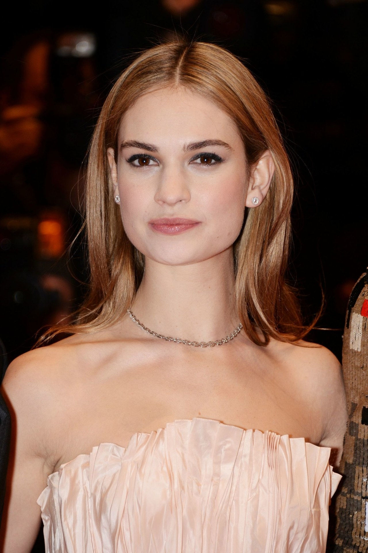 γάμος hairstyle ideas cinderella lily james