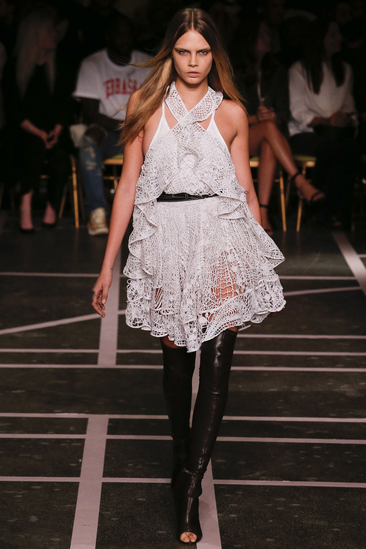 गिवेंची spring 2015 lace babydoll dress cara delevingne