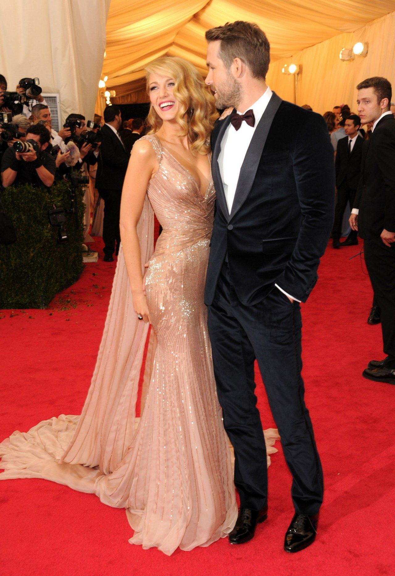 Blake lively gucci dress ryan reynolds