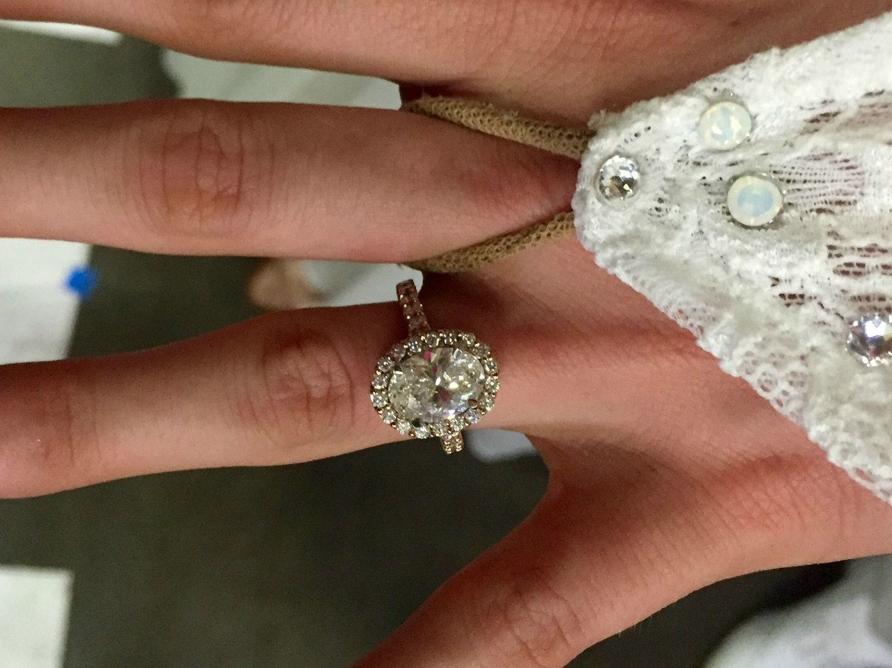 2 witney carson engagement ring pictures 1006 jessica radloff