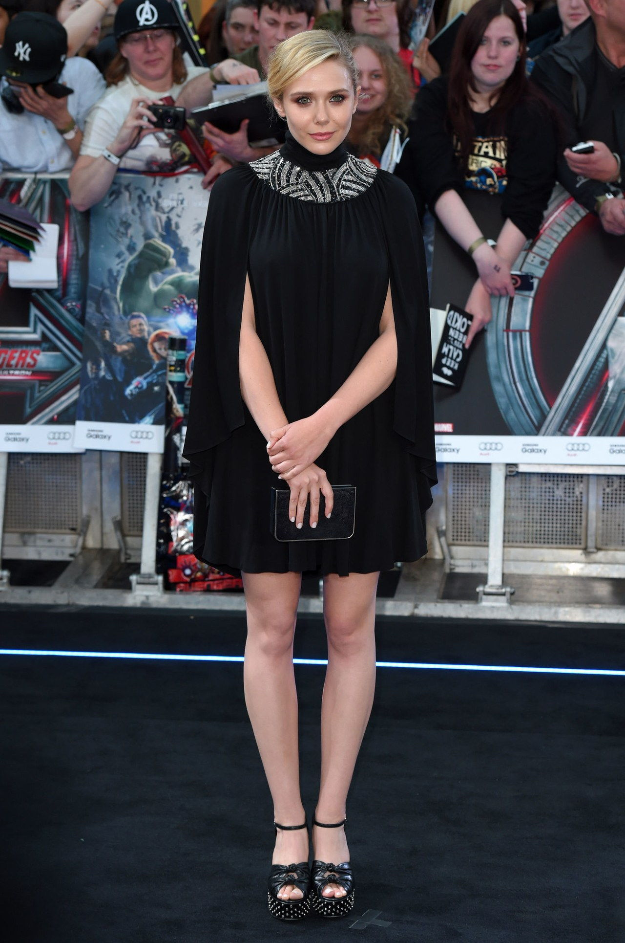 एलिज़ाबेथ olsen black cape dress avengers age ultron premiere