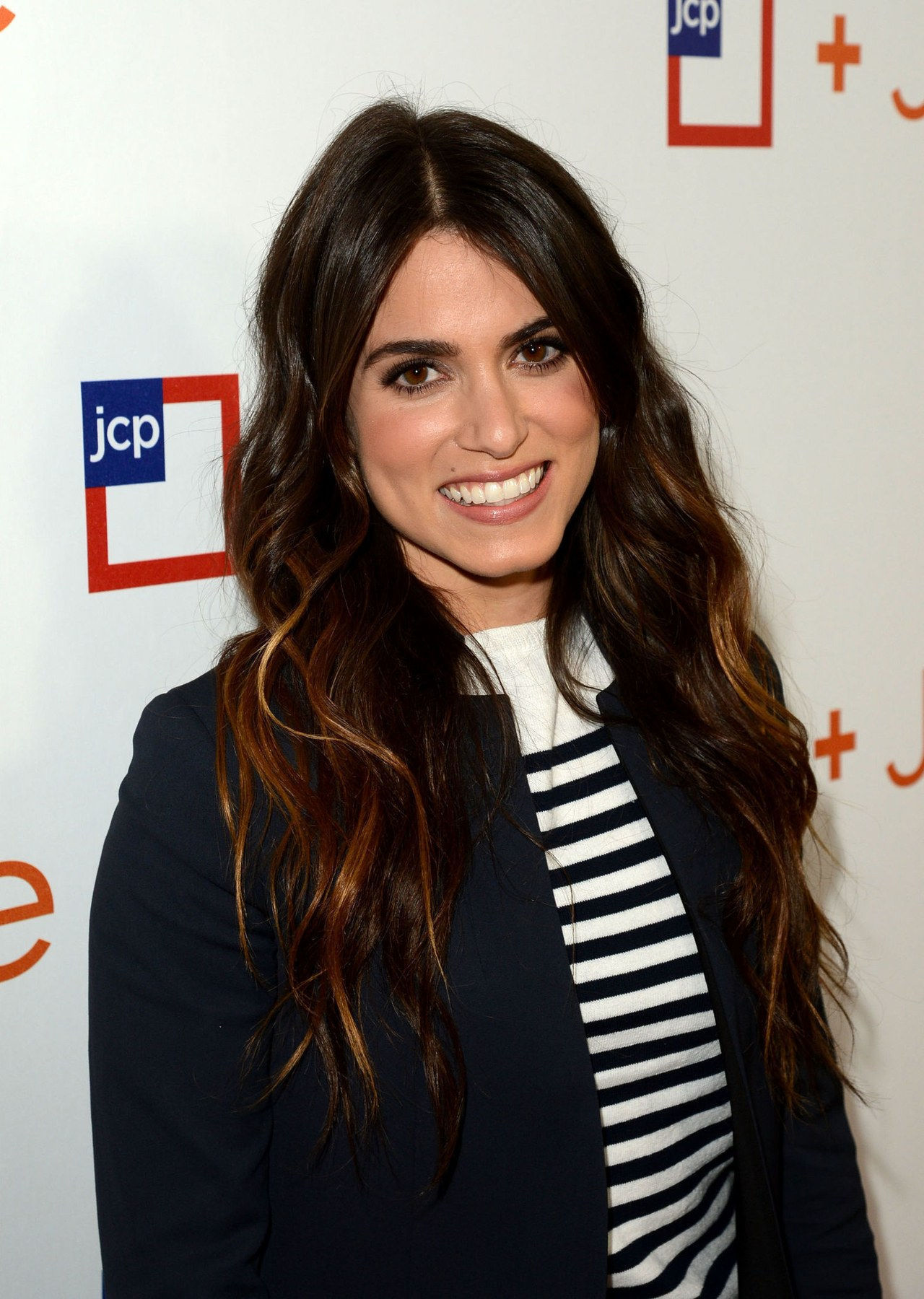 Nikki reed highlights hair color