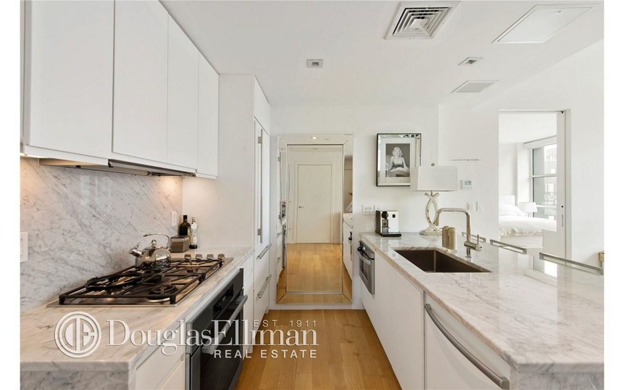 3 gigi hadid aparrtment celebrity home pictures 0709 courtesy zillow