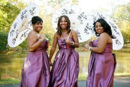 1222 bridesmaids with parasols we