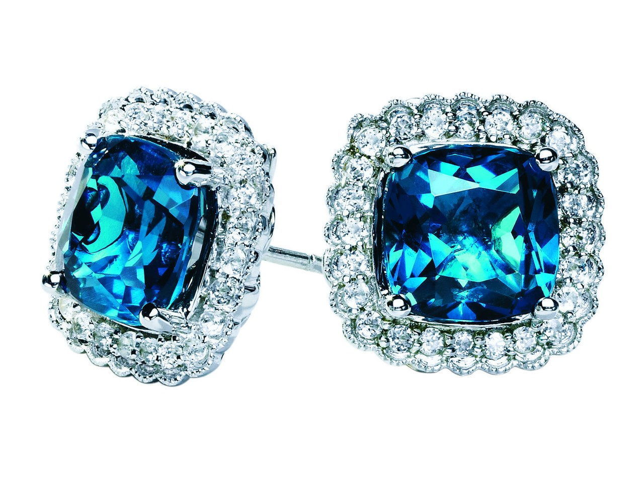 Sofija vergara kays sapphire earrings