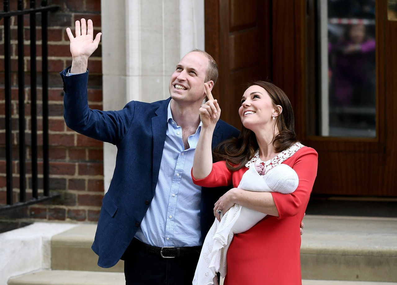 ο Duke & Duchess Of Cambridge Depart The Lindo Wing With Their New Son