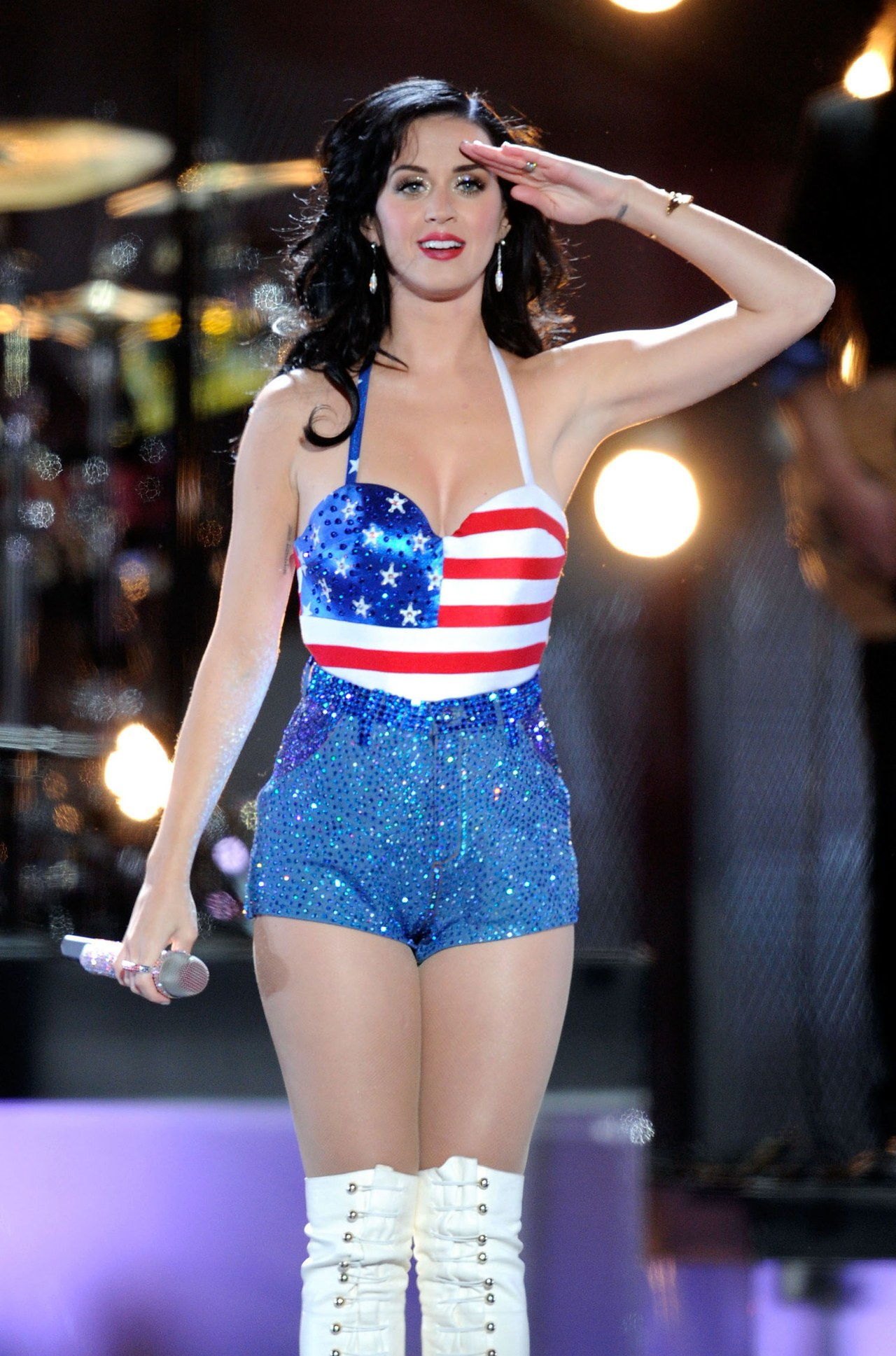 केटी perry fourth of july