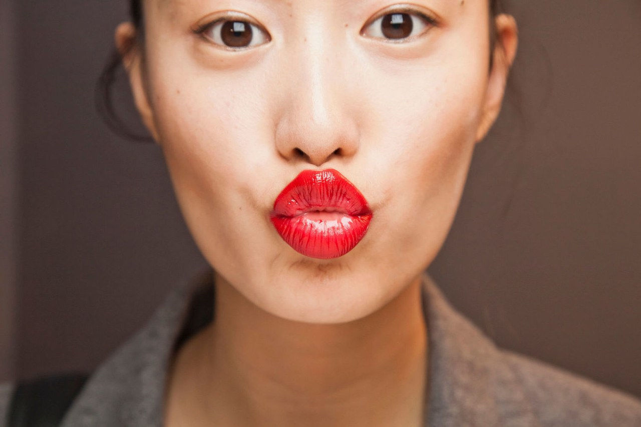 nationale lipstick day survey