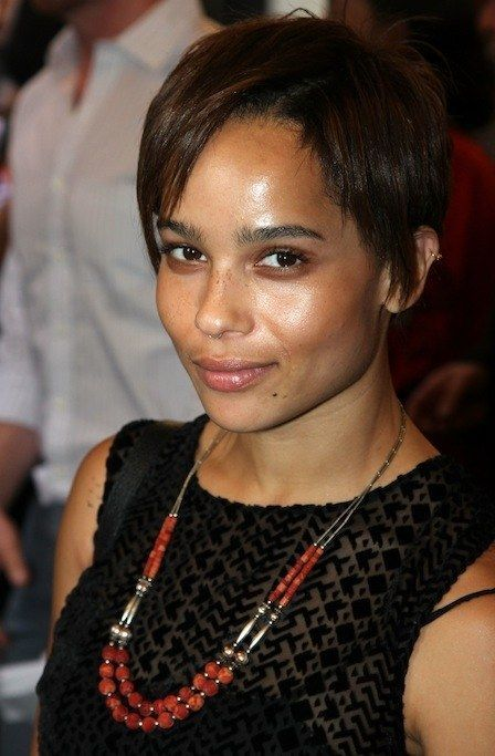 0713 zoe kravitz short hair bd